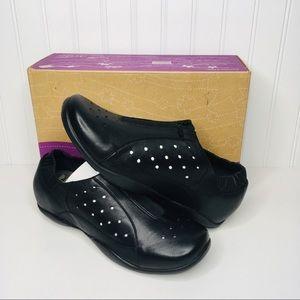 New Dansko Women's Camille Nappa Black Shoes